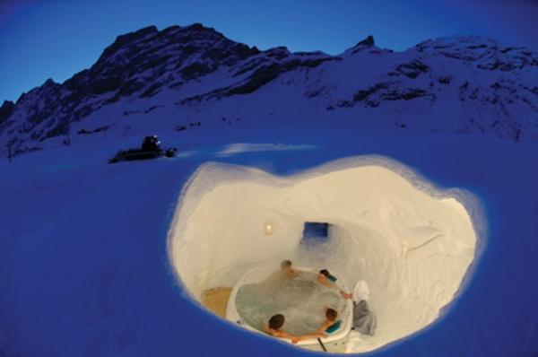 outdoor-jacuzzi-im-winter - super interessante gestaltung