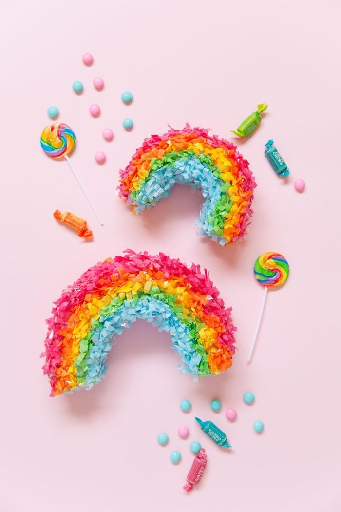 party deko geburtstag, geburtstagsdeko selber machen, pinata regenbogen, kindergebrutstag
