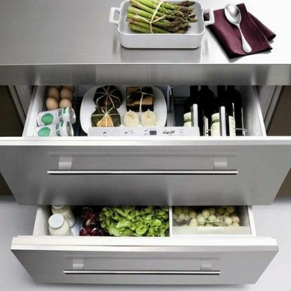 praktischer-Schubladen-Kühlschrank-für-die-Küche-Designidee