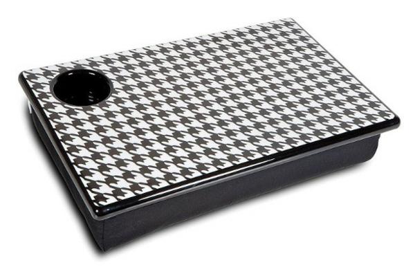praktisches-modernes-Laptop-Kissen-mit-Tablett