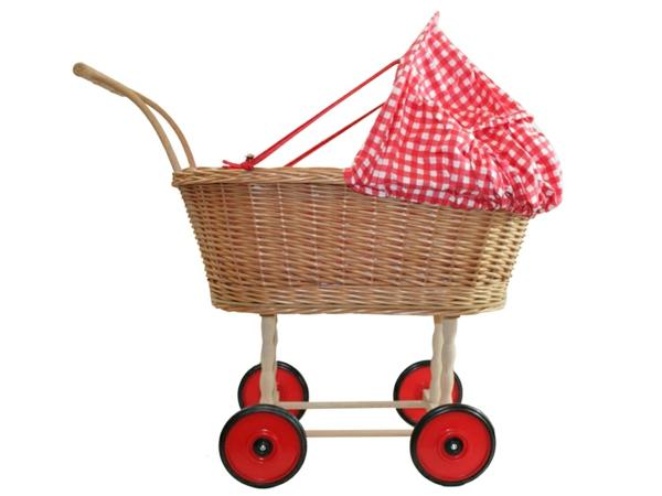 puppenwagen-korb-rote-elemente - weißer hintergrund