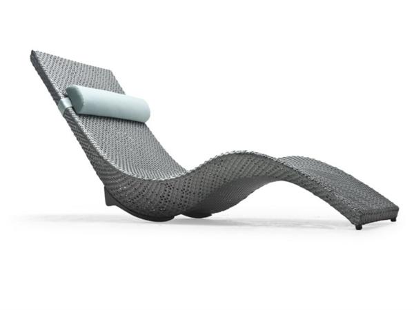 relax-liegestuhl-graue-farbe - hintergrund in weiß
