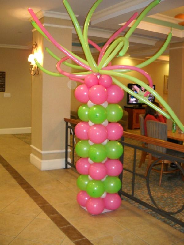 rosige-und-grüne-ballon-deko - grün und pink