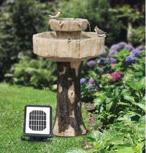 designidee_baum-solar-fontäne-für-den-garten