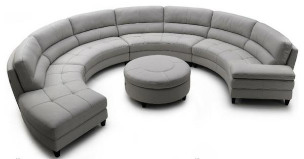 runde-sofas-graues-design- weißer hintergrund