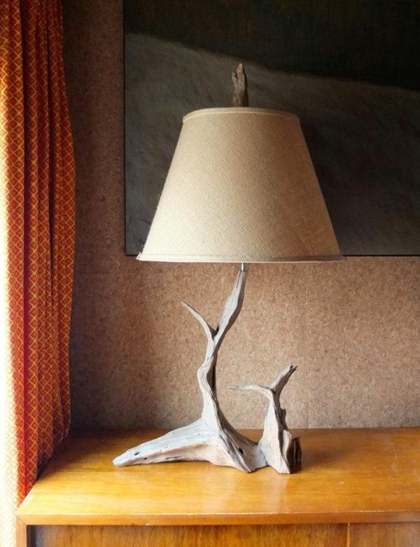 schöne-Tischlampen-aus-Treibholz-selber-machen