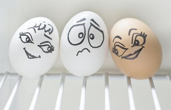 hübsch-verzeierte-eier-drei-eier