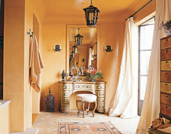 schöne-wandfarbe-apricot-designidee-korridor