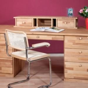 Entscheiden Sie sich für einen Schreibtisch mit Aufsatz!