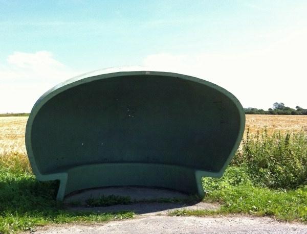 schutzdach-für-Bushaltestelle-kreatives-design