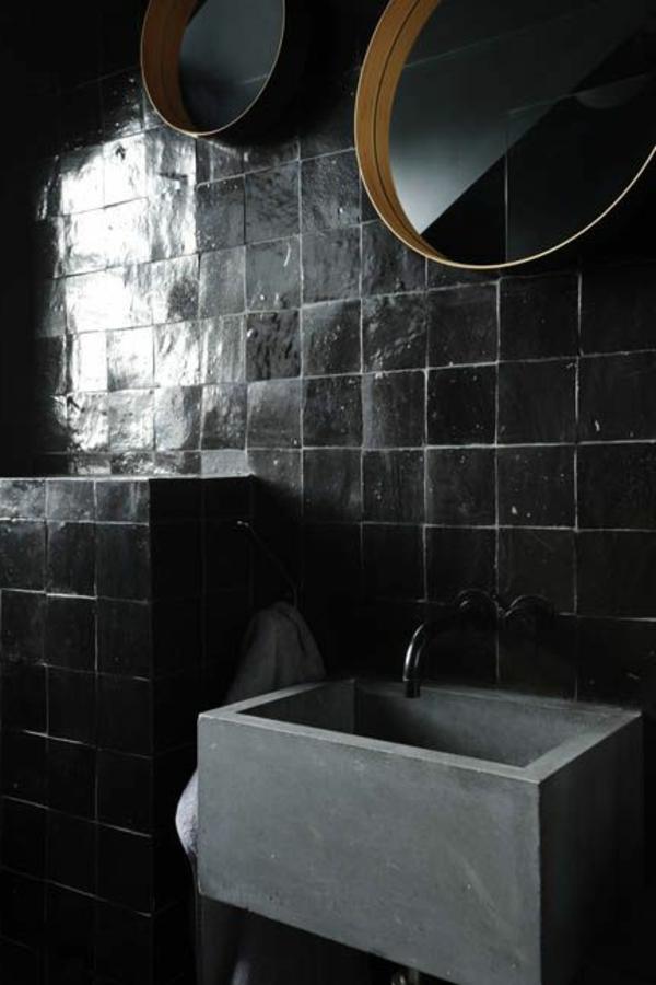 schwarze fliesen wandfarbe badezimmer fliesenfugen