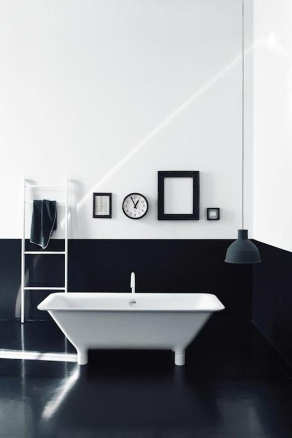 schwarze-wandfarbe-badezimmer-weiße-wanne