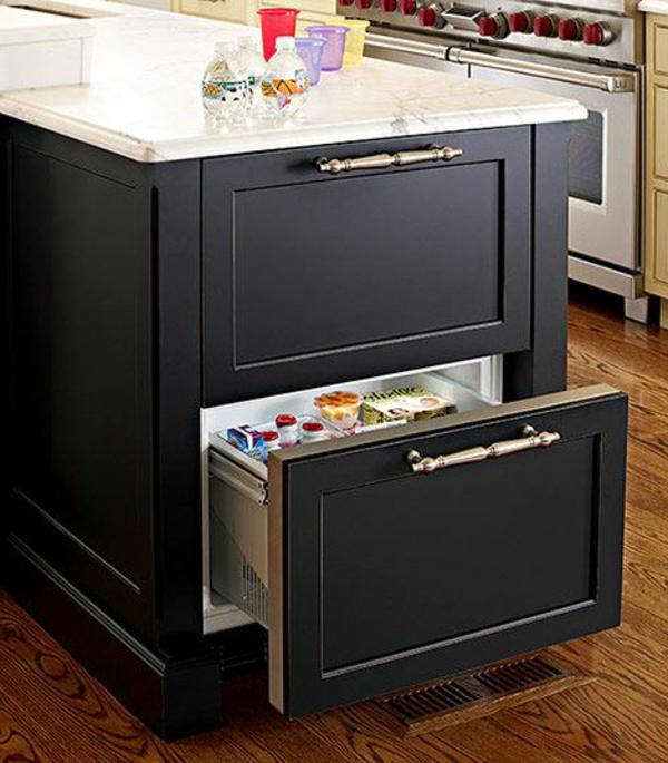 schwarzer-Schubladen-Kühlschrank-für-die-Küche-modernes-Design