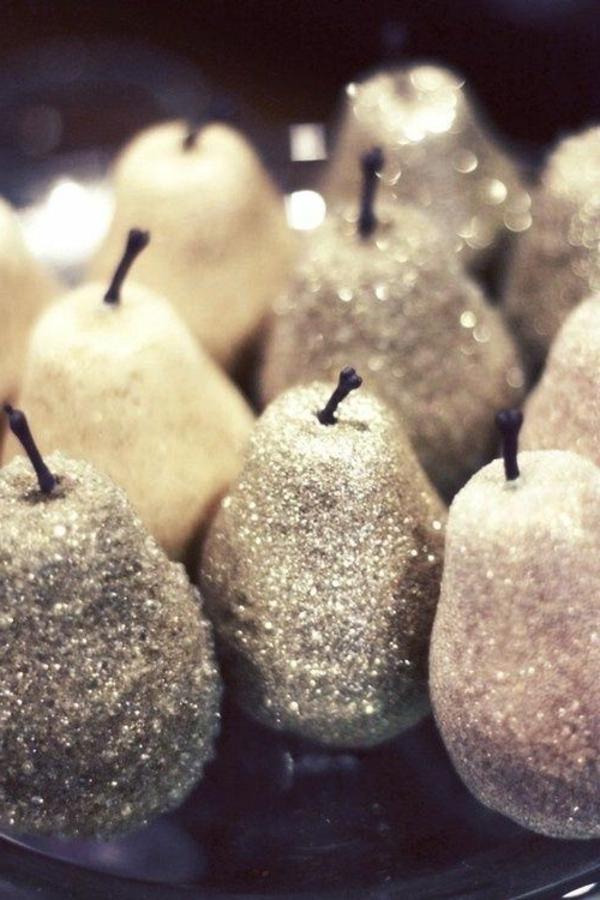silberne-Birnen-schön-gestalten-Dekoidee
