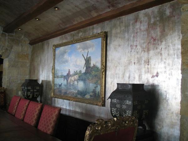 silberne-wandfarbe-wohnzimmer-ausstatten