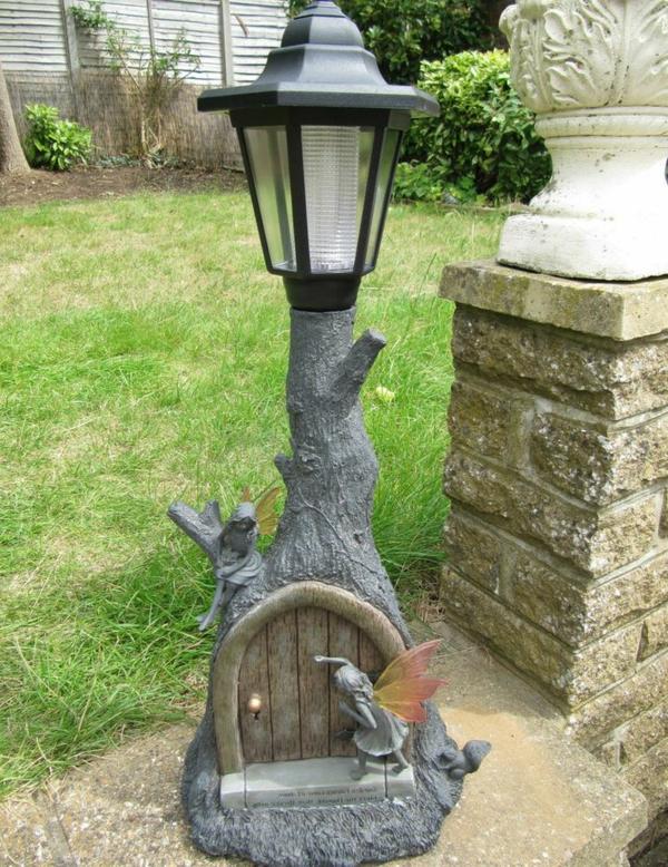 schöne-solar-gartenleuchten-standlampe