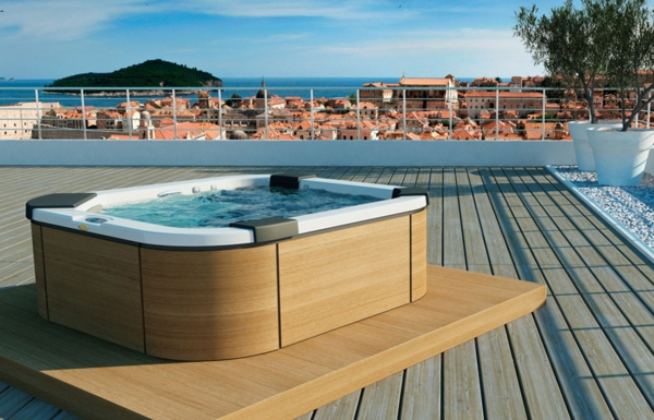 spa-jacuzzi-terrasse-whirlwannen