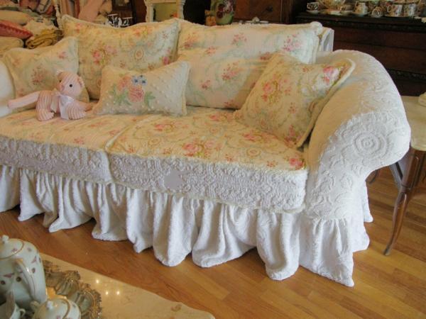 Sofabezüge sofa mit rosenmuster dekoration ideen
