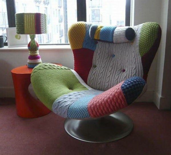 sußer-Sessel-Patchwork_im-Zimmer