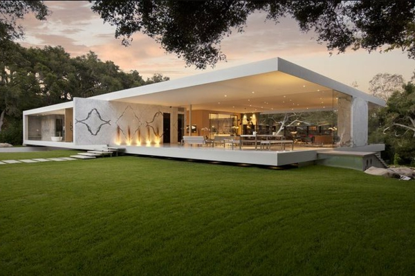 Haus mit garten erstaunliche fotos for Modernes traumhaus