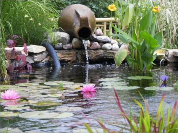 Teich bepflanzen 65 super ideen for Teichgestaltung im garten