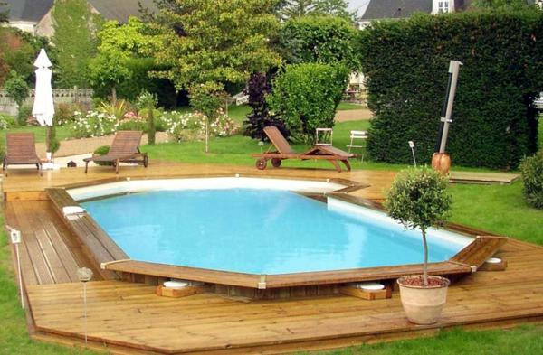 trendige-Poolgestaltungsidee-für-den-Garten