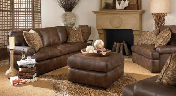 vintage-ledermöbel-eine-couch-und-ein-nesttisch- moderne gestaltung