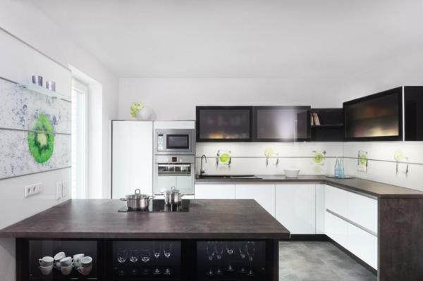 wandpaneele-super-schöne gestaltung in weiß und schwarz