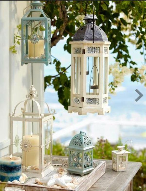 weiße-hellgrüne-Laternen-für-Garten-Idee