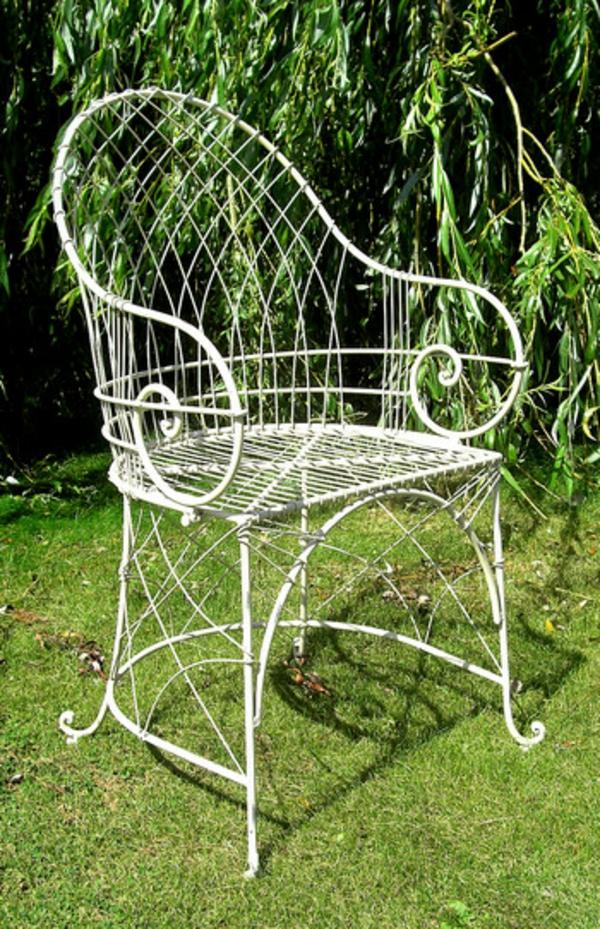 kreativer-weißer-Gartenstuhl-Metall-für-Das-Garten