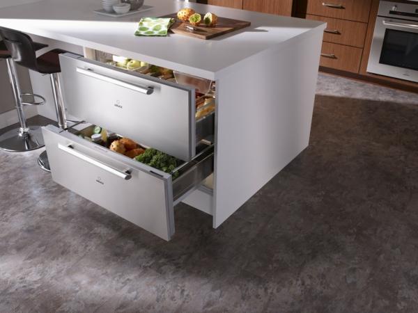 weißer-Kühlschränke-mit-Schubladen-in-Weiß