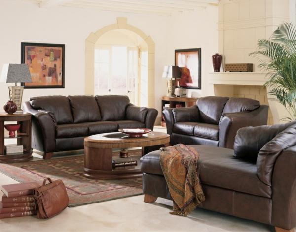 wohnung-dekorieren-möbel-aus-leder-im-wohnzimmer