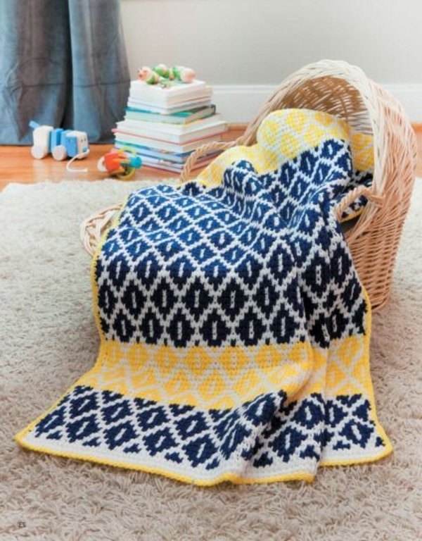 schöne-Decke-in-Gelb-und-Blau