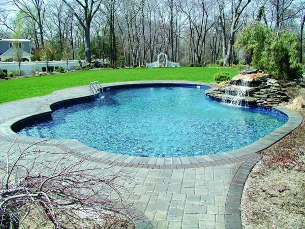 wunderschönes-Garten-Pooldesign-Idee