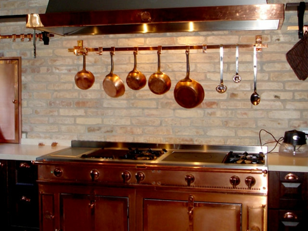 ziegelwand-moderne-gestaltung-für-küche