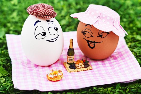 zwei -eier-zum-picknick