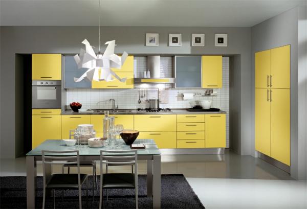 Attraktive-Küchengestaltung-Gelb-und-Grau-Ideen