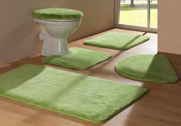 grüne-Badematten-für-das-Badezimmer