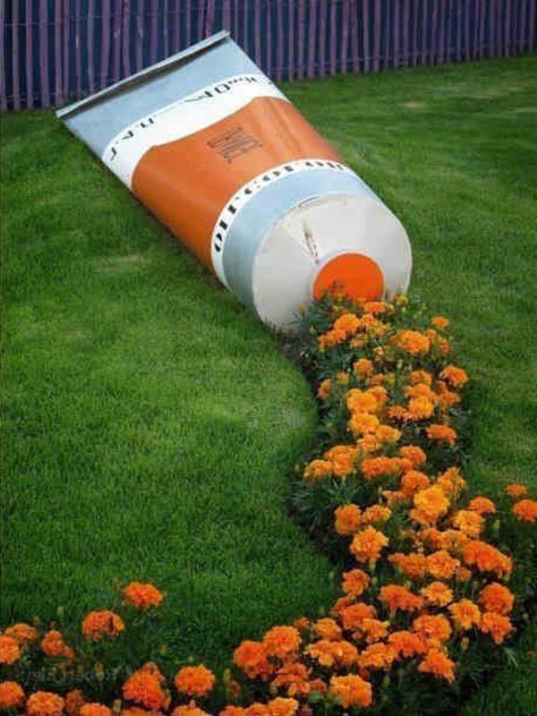 Dekoidee-für-den-Garten-orange-Blumen