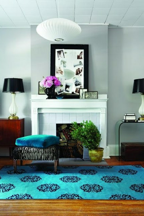 Design-Idee-Teppiche-in-Blau-Blumenmotive
