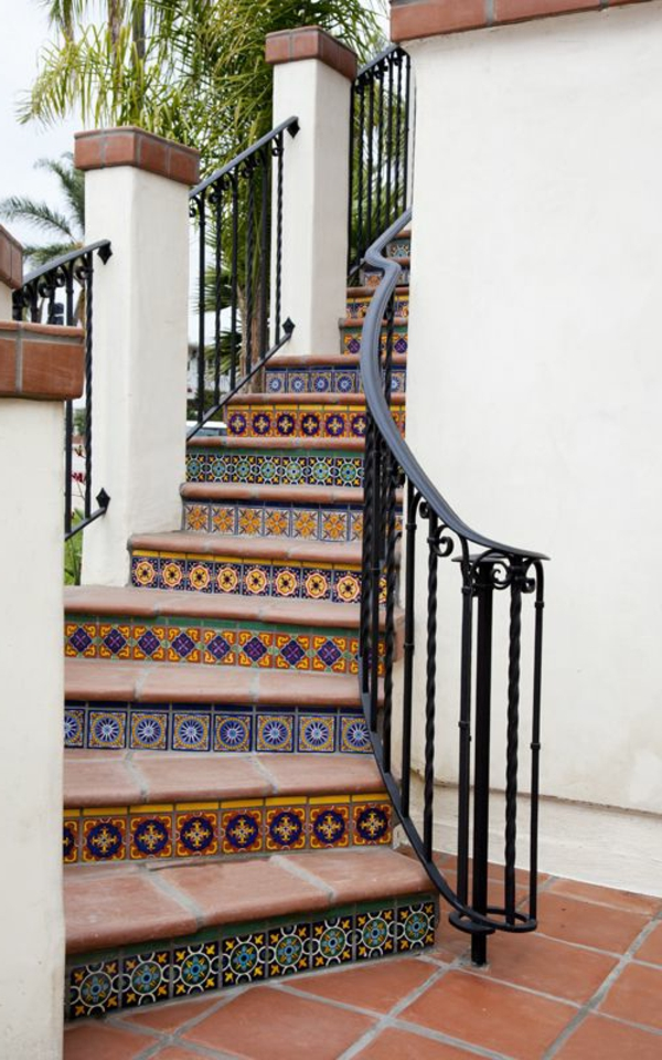 Exterior-Design-Außentreppen-Mozaik