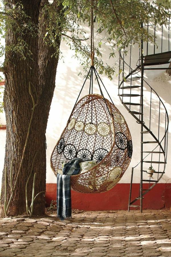 Exterior-Design-Außentreppen-aus-Metall