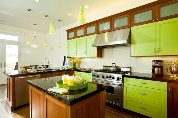 Fantastische-Küchengestaltung-moderne-Küche-in-Limegrün