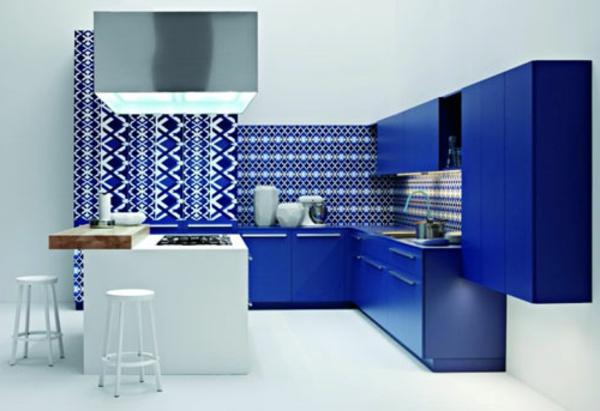 Faszinierende-Küchengestaltung-in-Blau-Idee