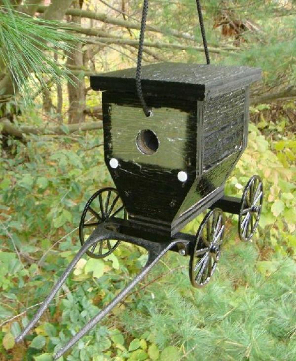 Futterhaus-für-Vogel-aus-Holz-