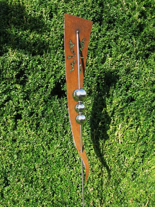 Gartendeko aus rost coole beispiele - Kunstrasen zum basteln ...