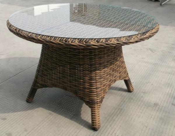 Gartenmöbel-Rattan-Tische-mit-Glasplatte-Idee