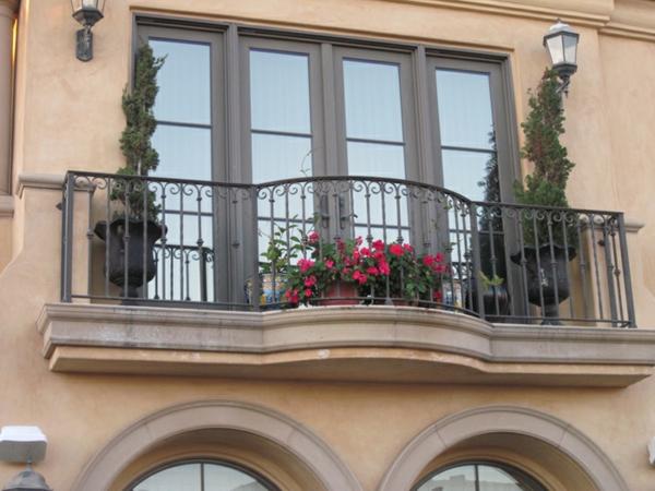 Geländer-für-Balkon-wunderbares-Design