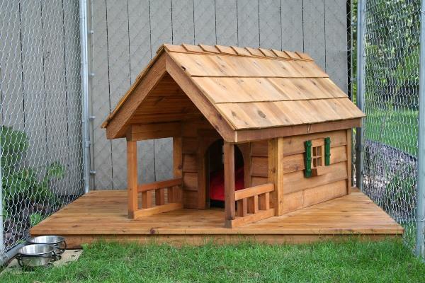 Hütte-mit-Varanda-für-den-Hund-Idee
