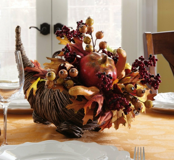Herbst-Deko-Ideen-für-den-Tisch-Design